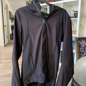 Lululemon Men's zip-up hoodie